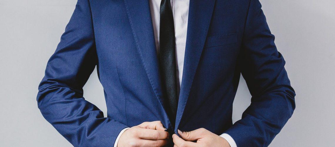 15 правила, за да изглеждате перфектно с костюм